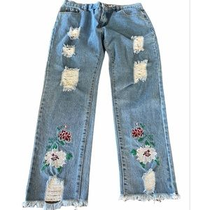 POL embroidered distressed mom jeans 26